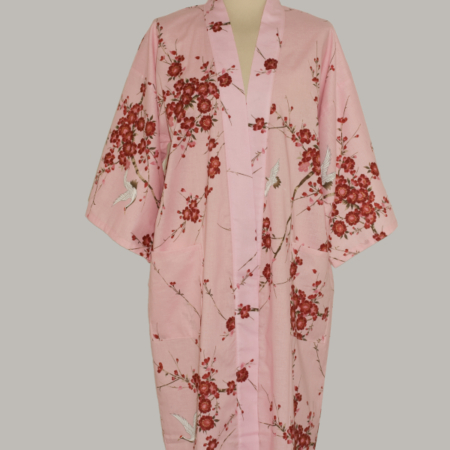 Denne kimono Crane with Cherry Blossoms, 3/4 lang, pink, udført i 100% bomuld