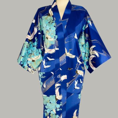 kimono Crane with Flowers, kort, blå, udført i bomuldssatin