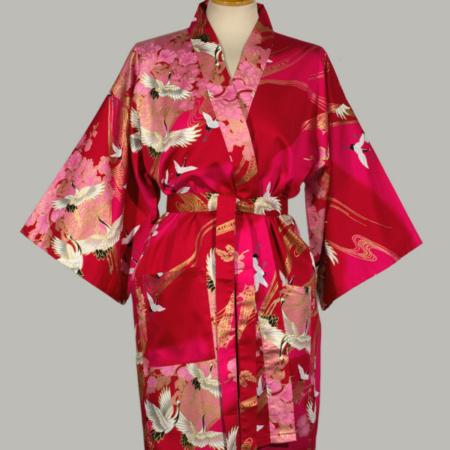kimono Crane with Flowers, kort, rød, udført i 100% bomuldssatin