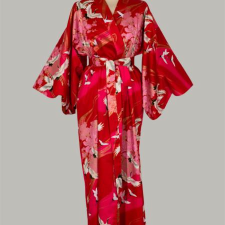 kimono Crane with Flowers, lang, rød, i 100% bomuldssatin