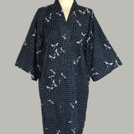 kimono Dragonfly, 3/4 lang, baseret på guldsmeden som motiv, udført i 100% bomuld