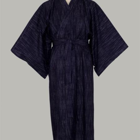 Kimono Kasuri lang udført i mørkblå bomuld indspundete hvide tråde