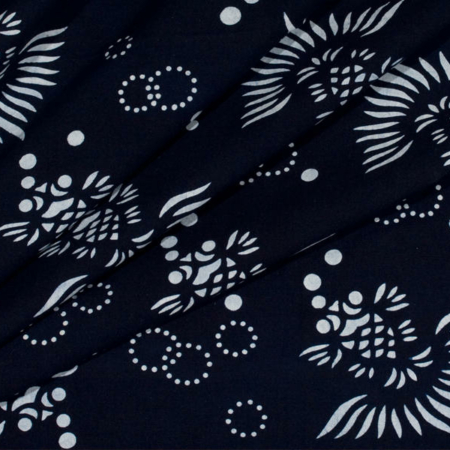 blå indigo batik med fisk motiv 100% bomuld